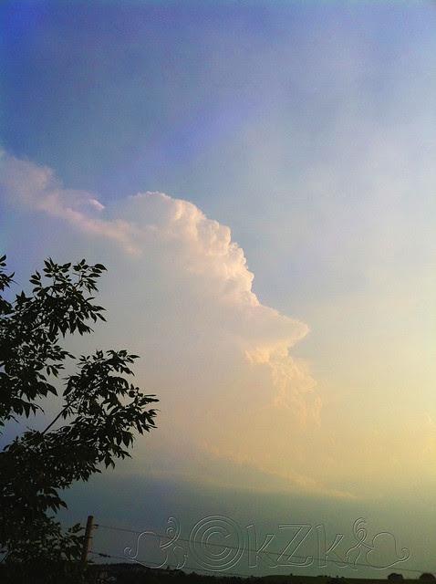 IMG_2550 9 JUN 11 storm cloud