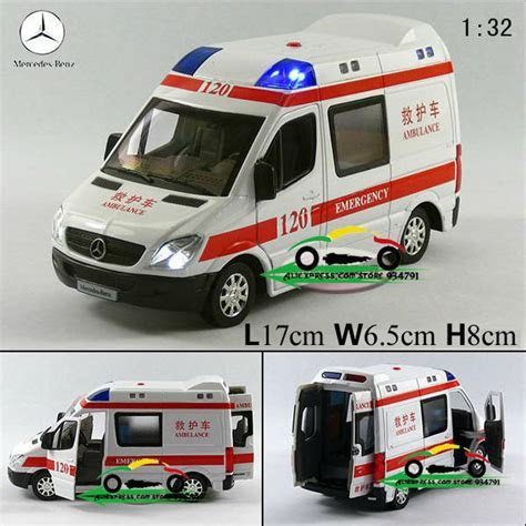 New Mercedes Benz 1:32 Diecast Ambulance Model Car with Sound and Light Toy collection Alloy Car