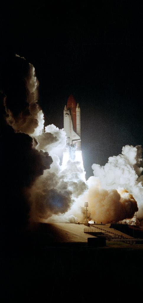 Nov22-1989-STS-33_liftoff