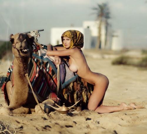 eroticwitch: DESERT HOT ...!  FOTOGRAFÍA POR ANDREW LUCAS.  GIF SUCIO | mi post Amigos TAGS