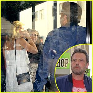 Ben Affleck Joins Lindsay Shookus at LA Comedy Show