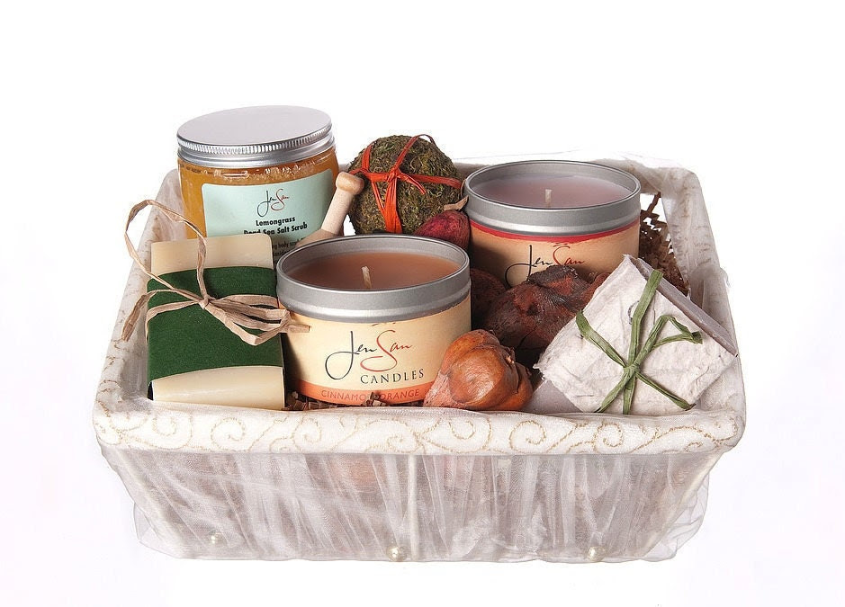Pamper Her 5 piece Bath and Body Candle Gift Basket