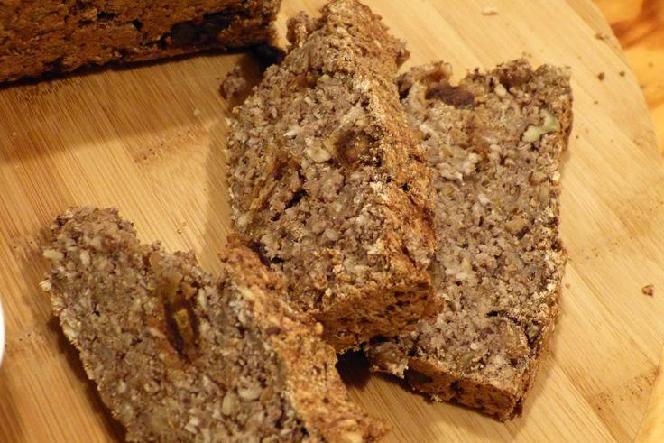 Arsenic w kuchni: kokosowy chlebek z bakaliami