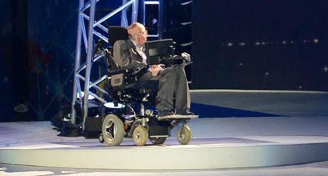 Cos'ha detto (davvero) Stephen Hawking sui buchi neri