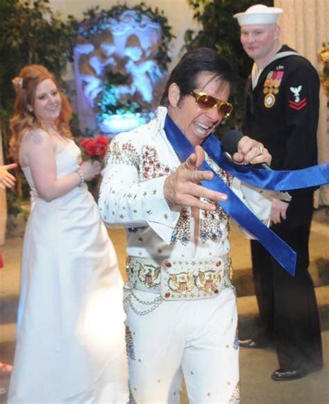 Want to Get Married by Elvis?   Viva Las Vegas