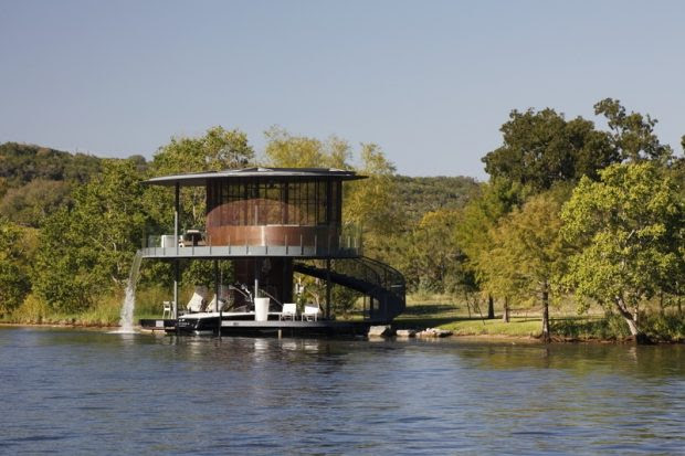 Texas Homes For Sale Can be Conventional Or Crazy