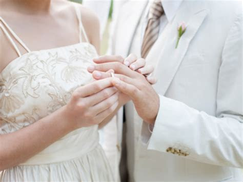 'Just us' wedding trend: Couples ditch the guests   TODAY.com