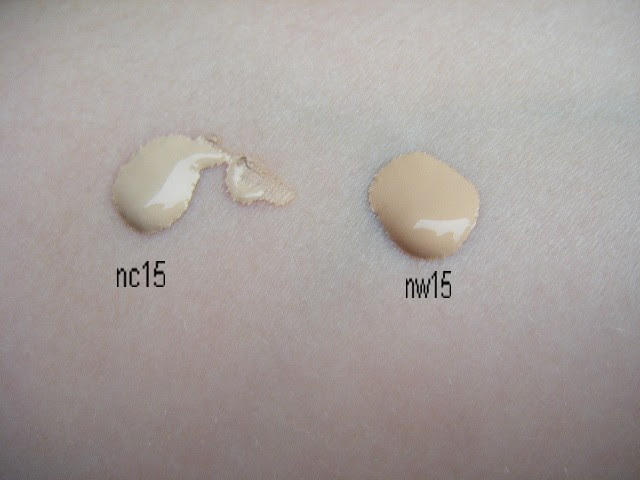 Texture of Mac studio fix fluid nc15