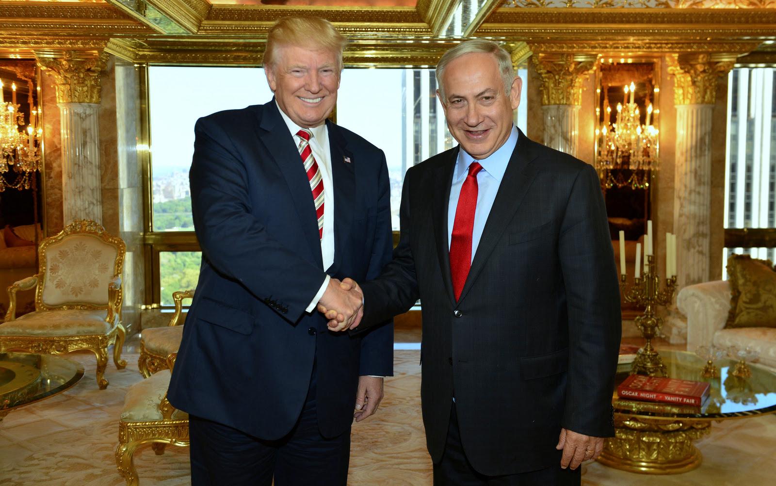 In this Sept. 25, 2016 photo, Donald Trump shakes hand with Israeli Prime Minister Benjamin Netanyahu in New York.(Kobi Gideon-GPO/AP)