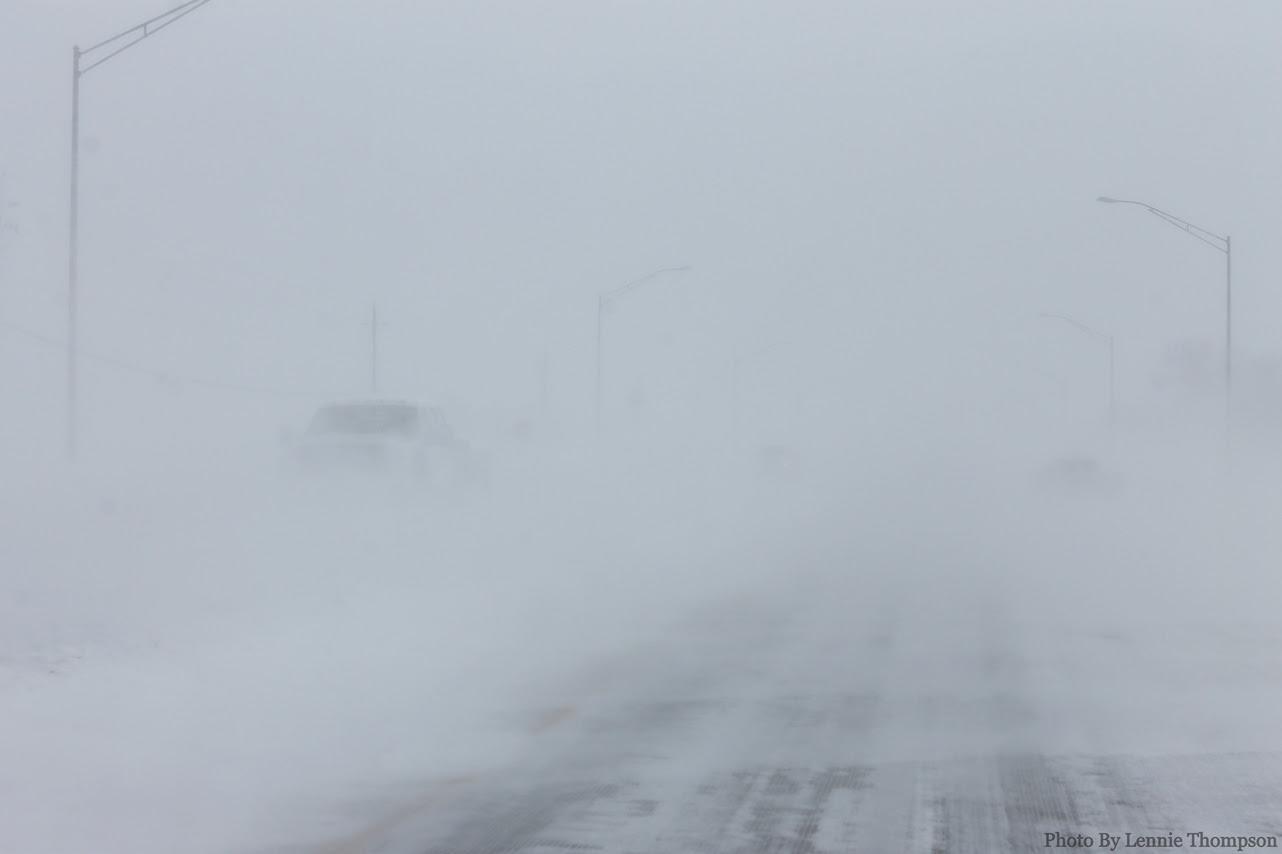http://www.weather.gov/images/dmx/SigEvents/2012-12-19_Blizzard/Blizzard2.jpg