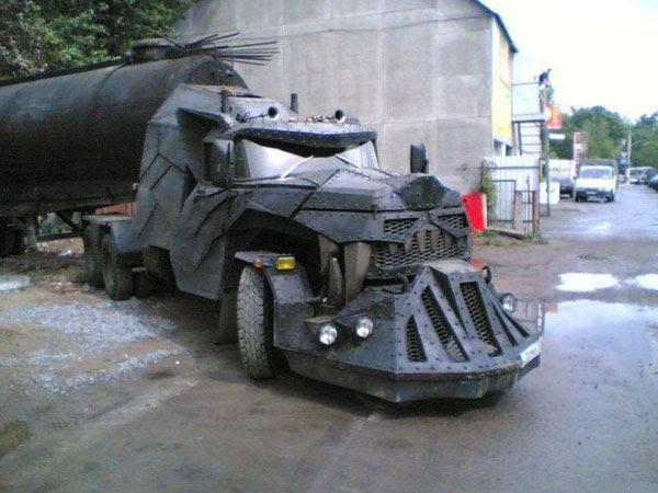 http://englishrussia.com/images/dragon_tank_truck/1.jpg