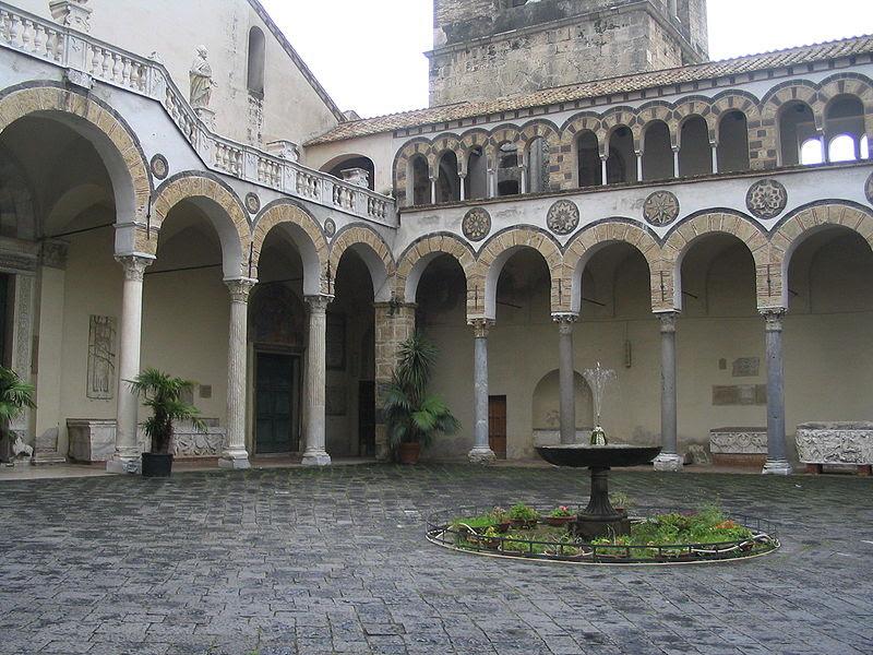 File:SalernoCathedralPortico.jpg