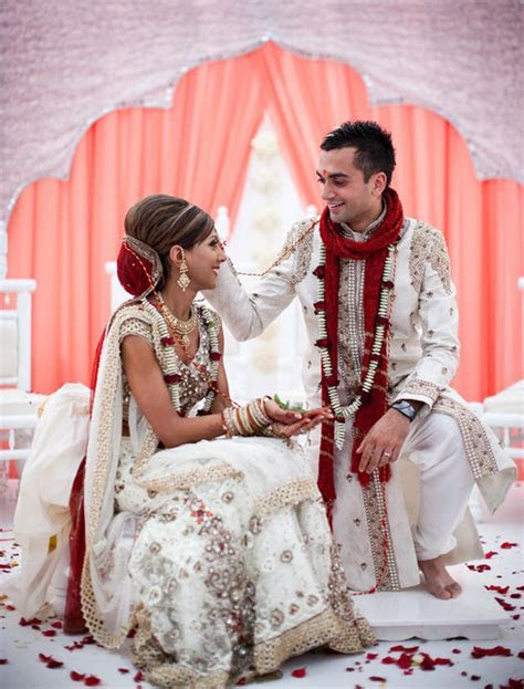 1000  ideas about Hindu Weddings on Pinterest   Indian