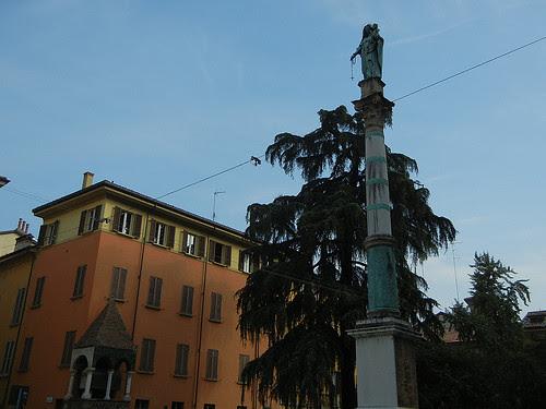 DSCN4600 _ Basilica di San Domenico, Bologna, 18 October