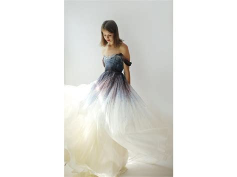 Leanne Marshall $1,975 Size: 14   New (Un Altered) Wedding