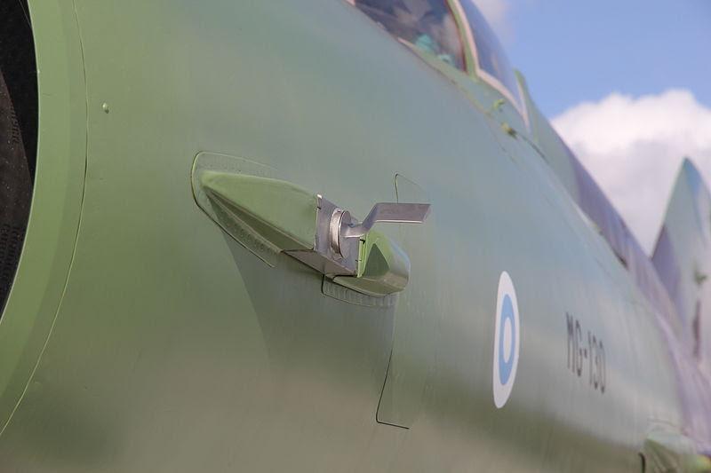 File:MiG-21bis (MG-130) Verkkokauppa 10.JPG
