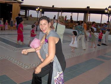 Χορεύουμε με παιδικά τραγουδάκια!