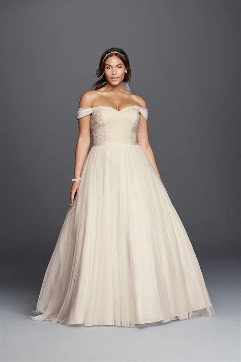 Plus Size Wedding Dresses for the Modern Bride   5 Wedding