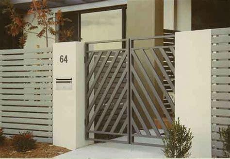simple front gate design  love