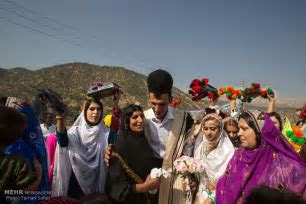 PHOTOS: Iranian nomads' wedding ceremony, symphony of colors