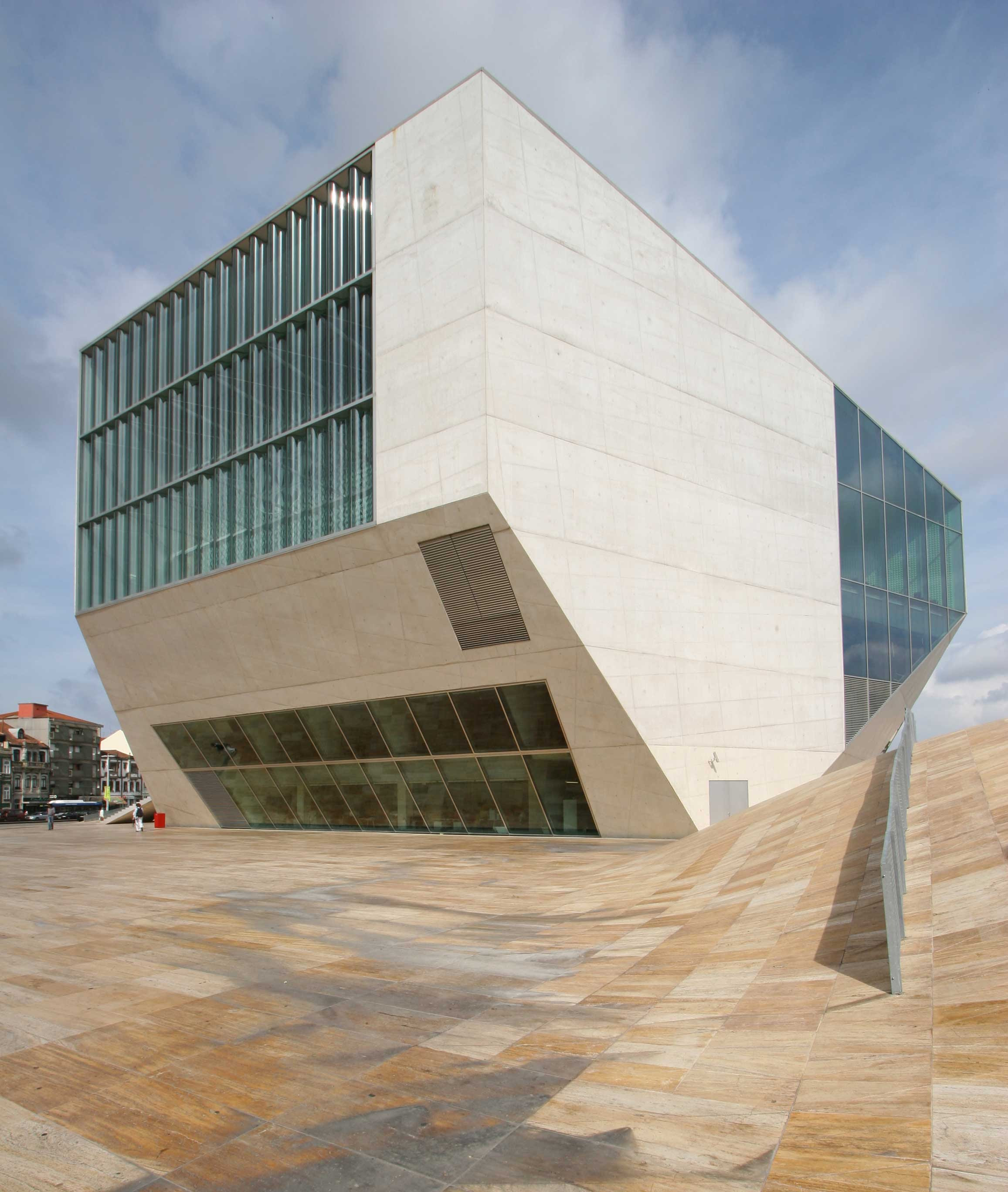 Resultado de imagen de Koolhas, Casa da Música, Oporto (2005).