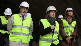 La ministra de Foment, Ana Pastor, amb el secretari d'Estat d'Infraestructures, Júlio Gómez-Pomar, i la delegada del govern espanyol a Catalunya, Maria de los Llanos de Luna