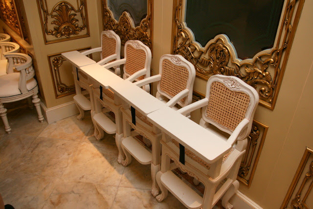 Even the baby chairs look fit for royalty