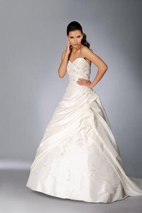 wedding dresses  full figured women