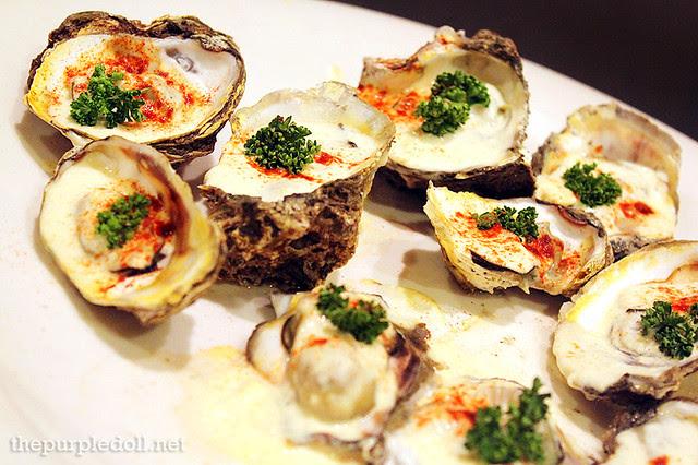 Baked Oyster in Bechamel Sauce