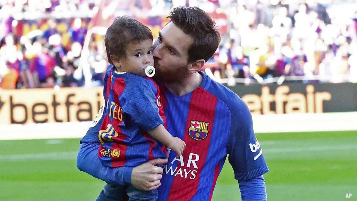 Futbolistas Famosos Y Sus Hijos Scoopnestcom