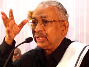 K Veeramani Questions On Avoiding Tamil Hc
