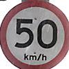 Placa indica velocidade máxima na marginal