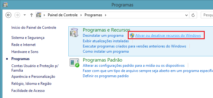 Acessando a opção Ativar ou desativar recursos do Windows (Foto: Reprodução/Edivaldo Brito)