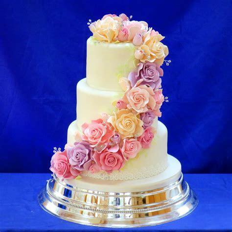 The Cake Box Girls Rainbow Wedding Cake Cupcakes   Wedding