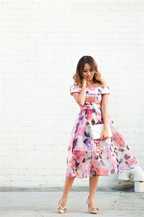 25  best ideas about Petite wedding guest outfits on