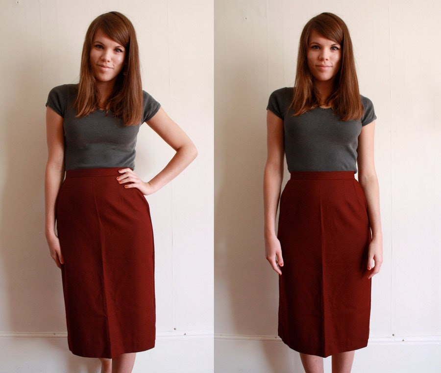 60s High Waist Pencil Skirt / Burgundy Wiggle Skirt / XS - TheSplendidSuitcase