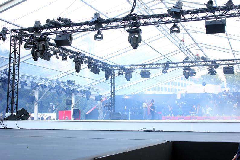 glamour-street-fashion-show-Elisabeth-Oviedo-(11)
