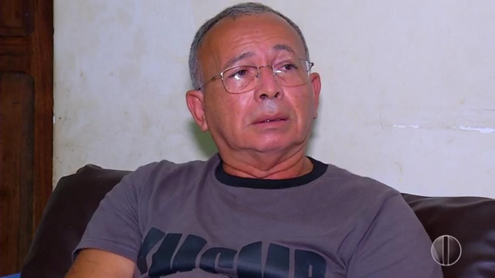 Francisco diz que já perdeu as esperanças do filho estar vivo, mas que gostaria de lhe dar um sepultamento digno (Foto: Reprodução/Inter TV Cabugi)