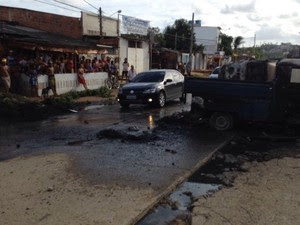 protesto perimetral olinda (Foto: Mhatteus Sampaio/ TV Globo)