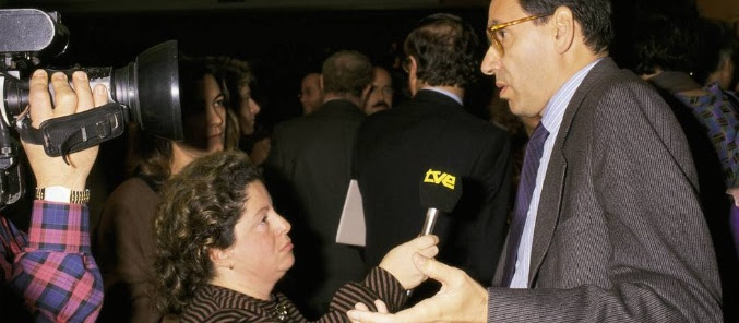 María Antonia Iglesias entrevistando a Alfonso Guerra en TVE