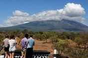 Gunung Agung Keluarkan Asap Putih Setinggi 1.500 Meter