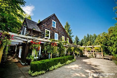 Unique and Popular Wedding Venues Near Seattle, Washington