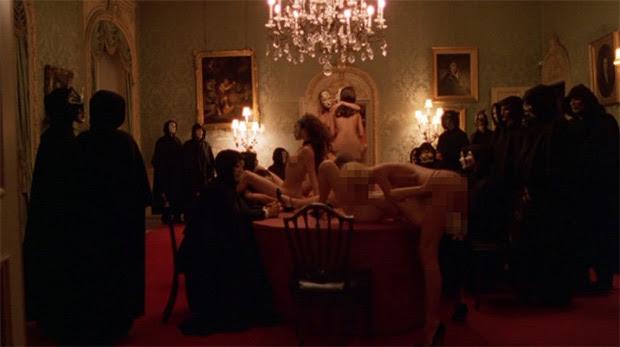 "Escena a partir de 2009 ""Eyes Wide Shut de Kubrick '"
