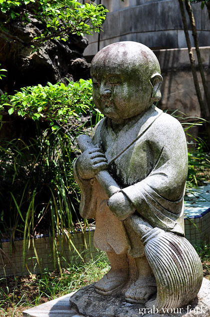Statue at Sam Poh Tong Chinese Buddhist Temple