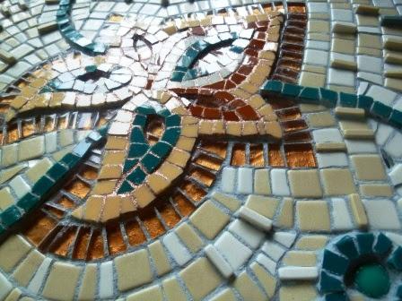 mosaic-pool-wall