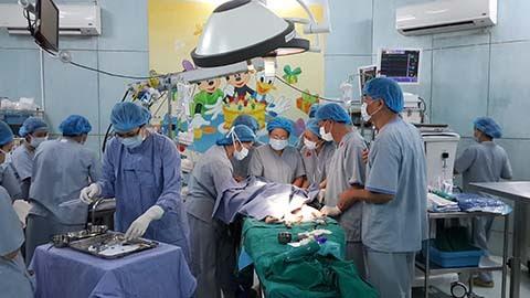 y tế; bộ tưởng; Cát Tường; tiêm chủng; bệnh viện; sản phụ