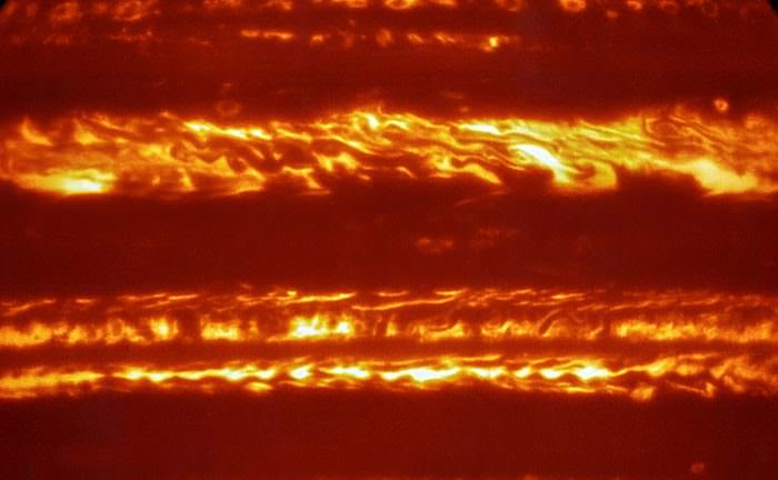 In preparation for the arrival of Juno, the ESO's released stunning IR images of Jupiter, taken by the VLT. Credit: ESO