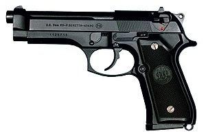 300px-M9-pistolet.jpg
