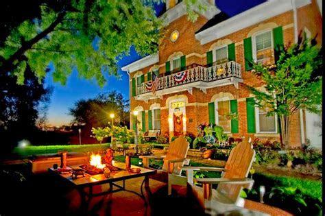 Cloran Mansion & Antonio's Cottage   Galena Country