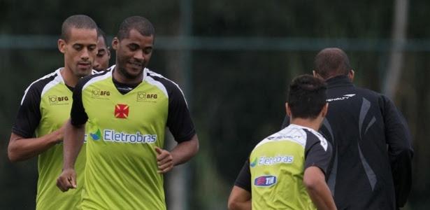 Expectativa para receber salários atrasados era grande entre os atletas do Vasco